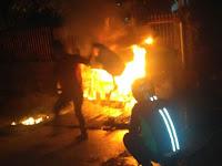 Warung Terbakar di Jalan Kimaja Gegerkan Warga