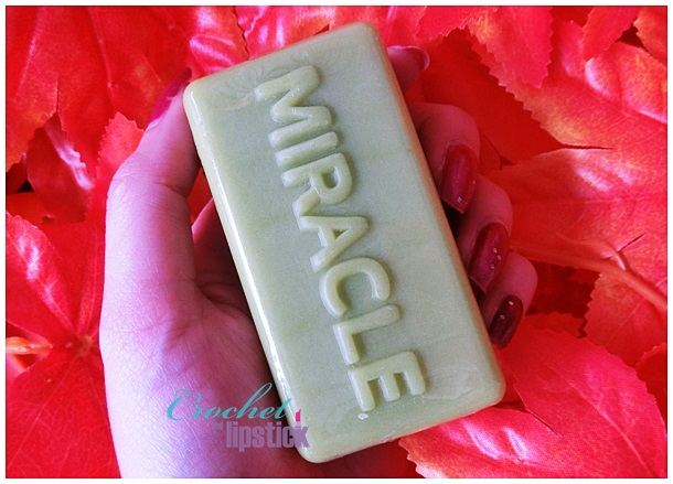 Some By Mi AHA BHA PHA 30 Days Miracle Cleansing Bar Texture