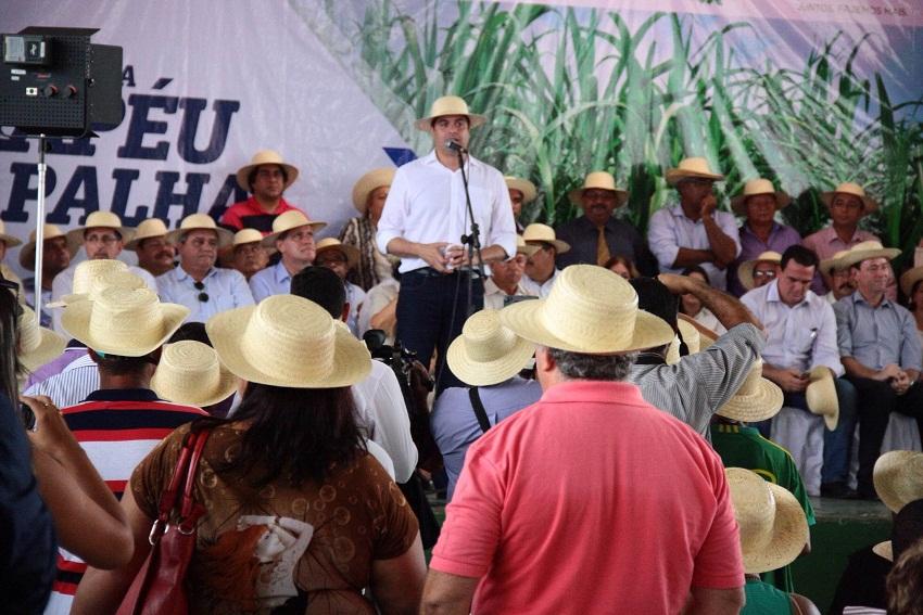Governo de Pernambuco informa  Programa Chapéu de Palha inicia o  cadastramento da fruticultura irrigada em janeiro 4b641f87381