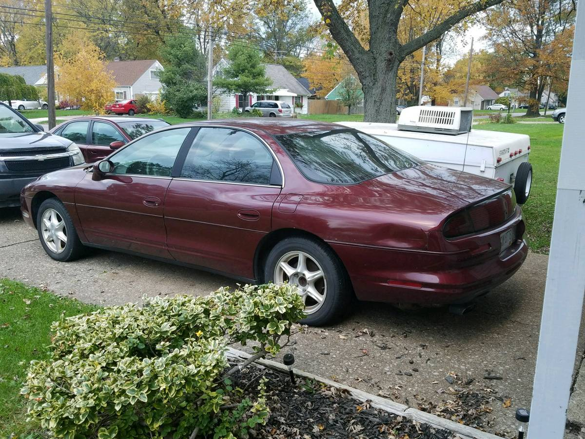 medium resolution of took us a while to find something appropriate but we finally came across this 1998 oldsmobile aurora that has a dubious over heating problem