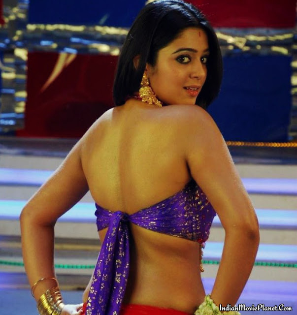 actress charmi hot navel show dancing images