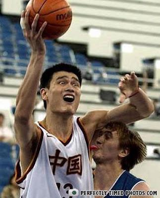 Foto tomada en el momento exacto basquetbol y humor