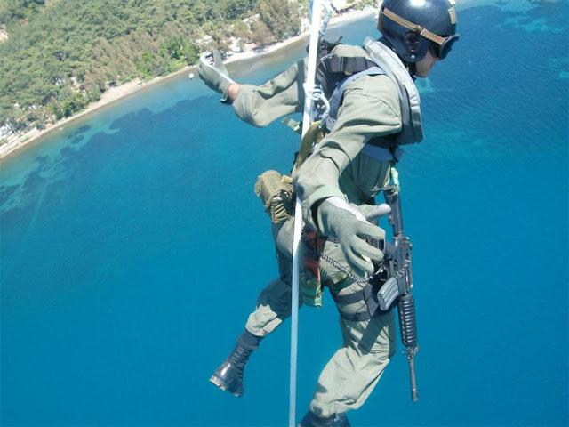 paraşütçü komando