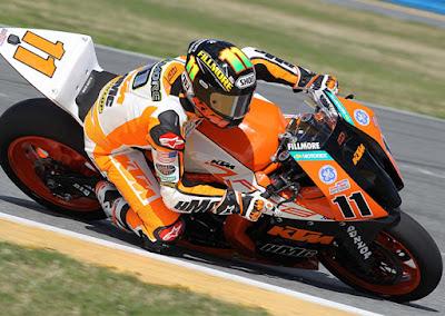 New 2016 KTM 1190 RC8R recing track