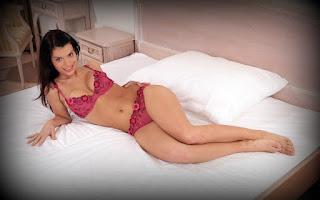 Sexy Pussy - Gabrielle%2BDella%2BMoon-S01-001.jpg