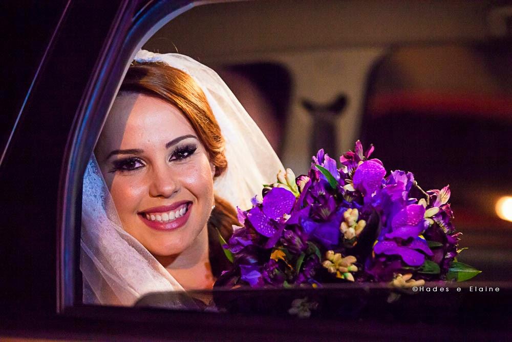 cerimônia - noiva - entrada da noiva - carro da noiva - bouquet