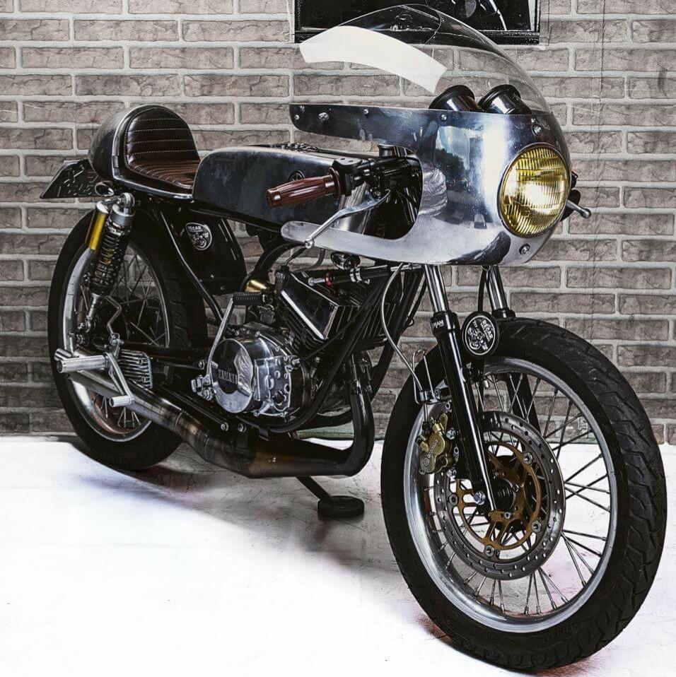 cafe 70s racing rocketgarage cafe racer magazine. Black Bedroom Furniture Sets. Home Design Ideas