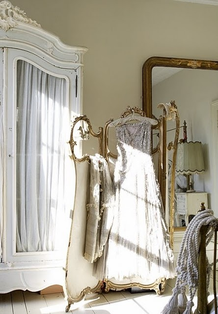 C'est l'amour: French Country Decor