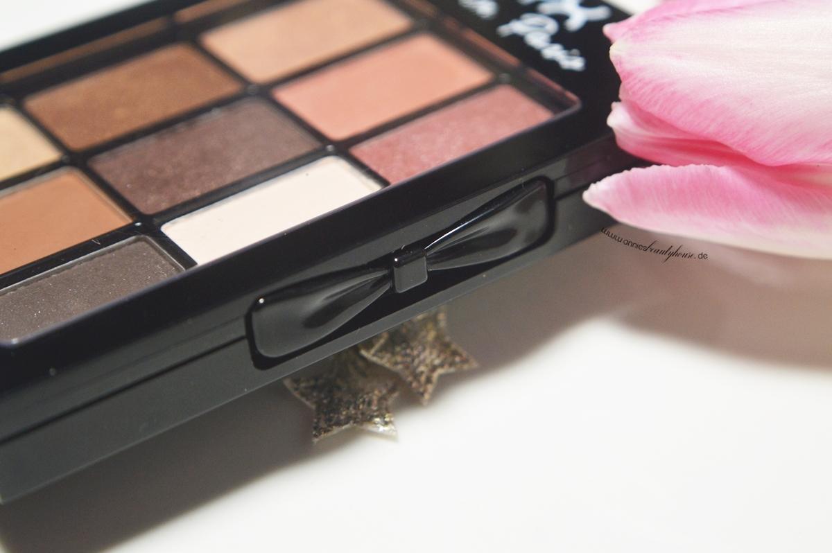 MERCI BEAUCOUP Eyeshadow Palette Details