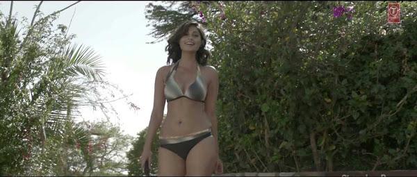 Watch Online Music Video Song Pe Pe Pe - Shortcut Romeo (2013) Hindi Movie On Youtube DVD Quality