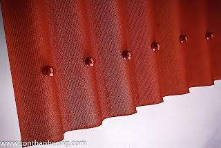 Tấm úp nóc Onduline - màu đỏ đô
