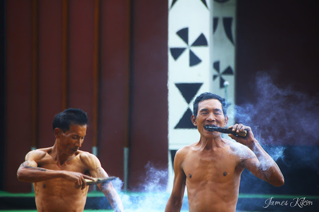Konyak Fire Eaters Demonstrates Their Fire Eating Skills 4