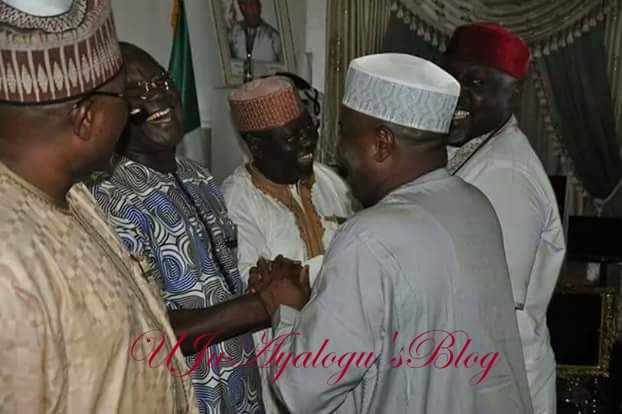 See Politicians..After bitter media war, Governors of Rivers and Benue state settle (photos)
