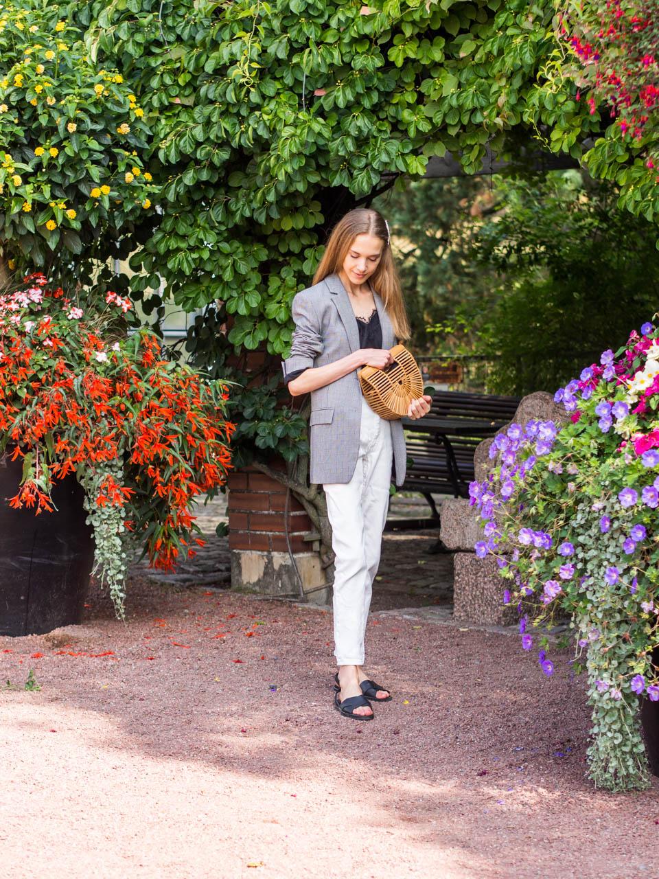 fashion-blogger-outfit-inspiration-chic-check-blazer-muoti-bloggaaja-inspiraatio-ruutubleiseri