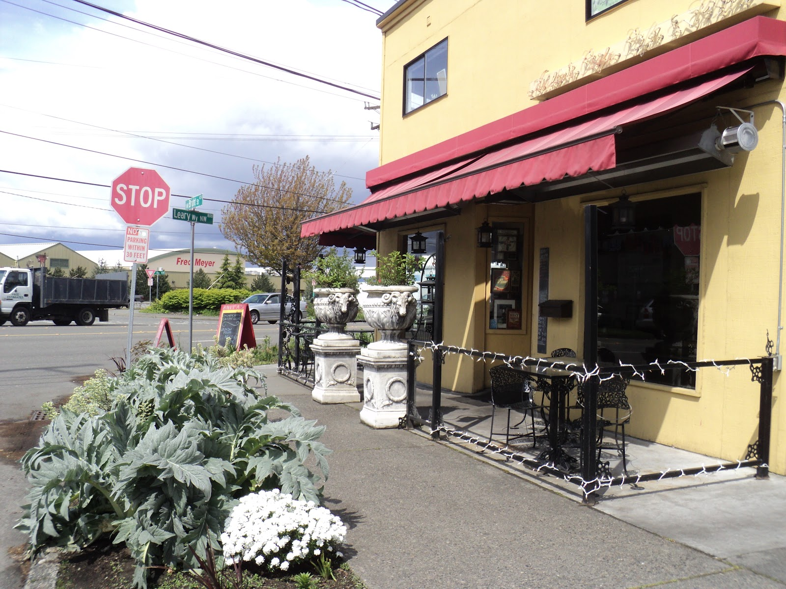 walking seattle neighborhoods: west woodland and fremont