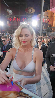 Charlize-Theron-at-the-Premiere-of-Atomic-Blonde-in-Berlin-5+%7E+SexyCelebs.in+Bikini+Exclusive+Galleries.jpg
