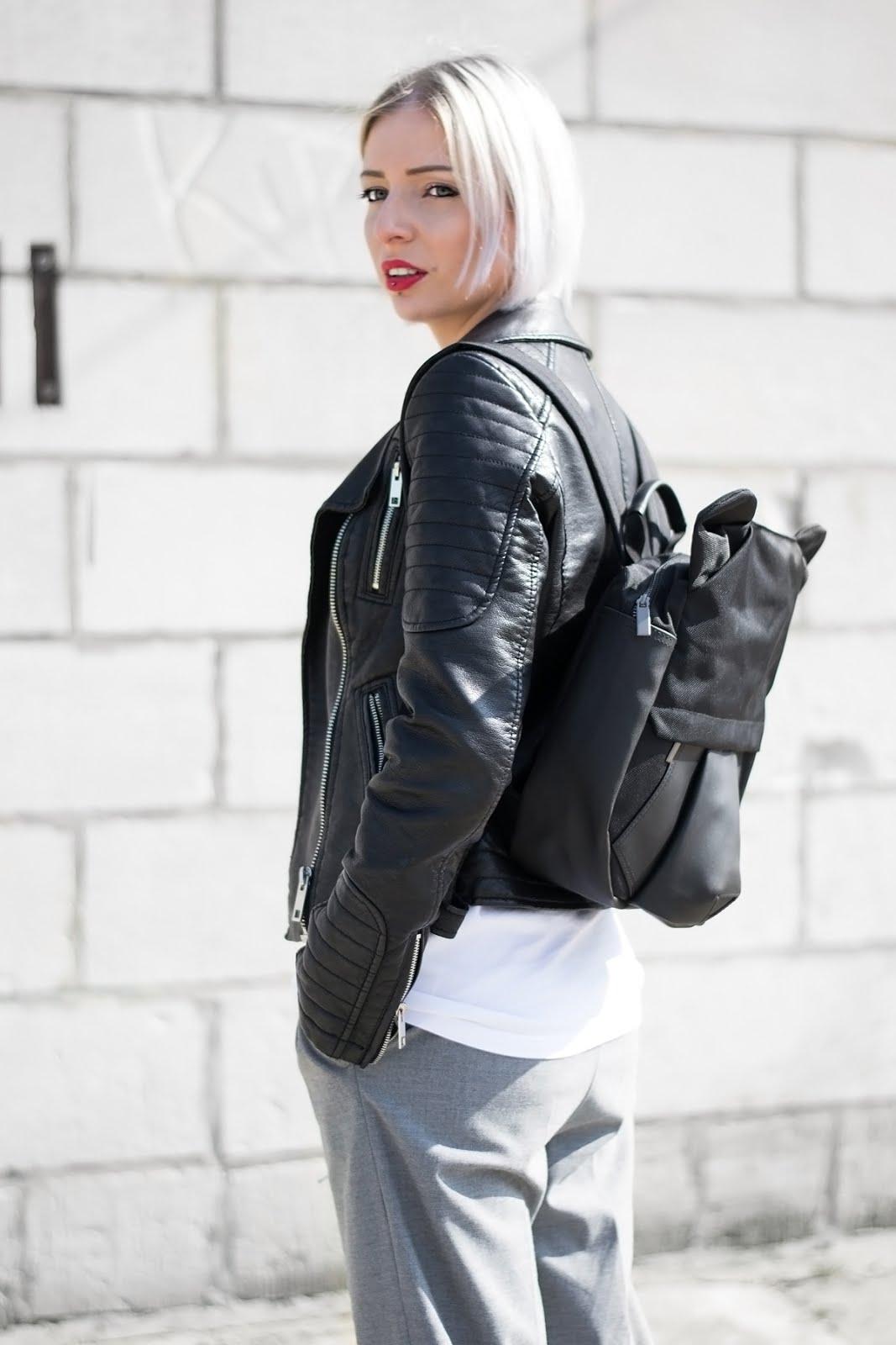 25togo, oribagu, bear backpack, outfit, grey culottes, adidas logo tshirt, tango, creepers, emma, minimal, SS17