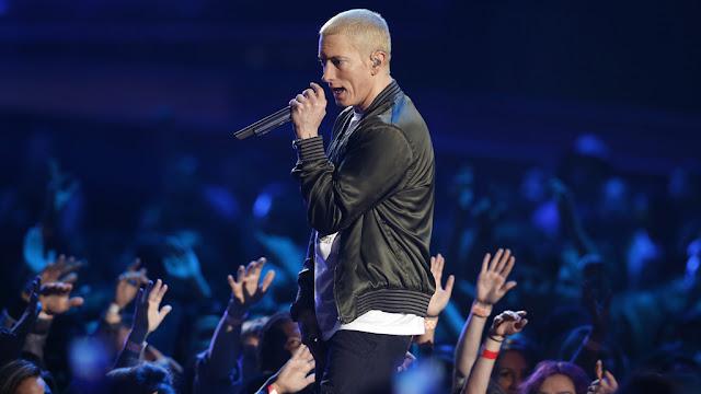 8. Eminem (Penyanyi)