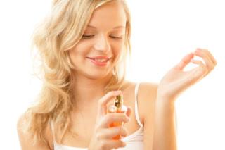 10 Tips Ampuh Menjaga Wangi Parfum Tahan Lama