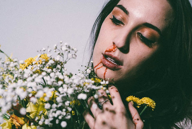 cara mengobati mimisan dengan daun sirih dan rambut jagung