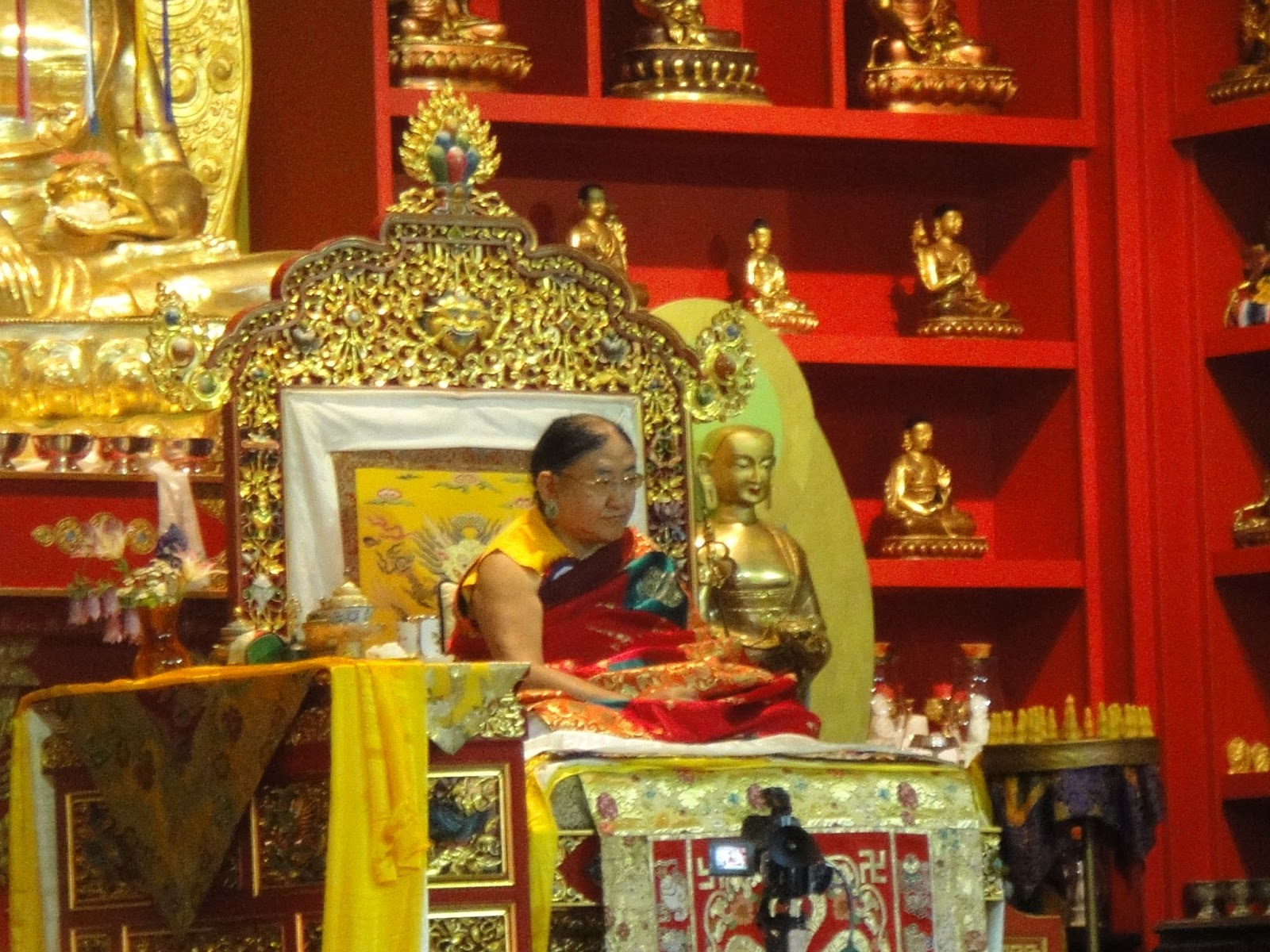 Long life ceremony for His Holiness Sakya Trizin and temple