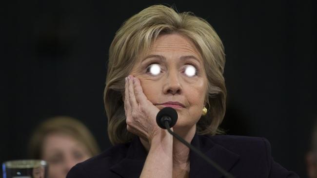 Na última sexta-feira (28), o FBI anunciou que havia reaberto a investigação sobre o uso de um e-mail particular por Hillary com propósitos de trabalho enquanto ela era a Secretária de Estado americana, entre 2009 e 2013
