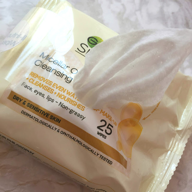 Garnier Micellar Oil Infused Cleansing Wipes - A Review