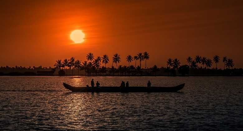 Recomended Beaches to Visit on Your Honeymoon in Kerala India
