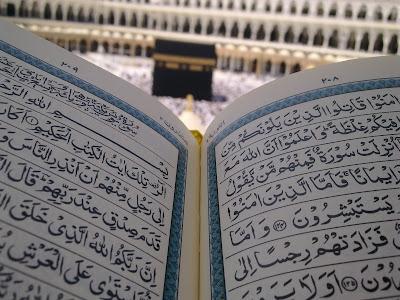 Bacaan Arab Surat Al Fatihah, An Nas, Dan Al Falaq dan Artinya Dalam Indonesia dan Inggris