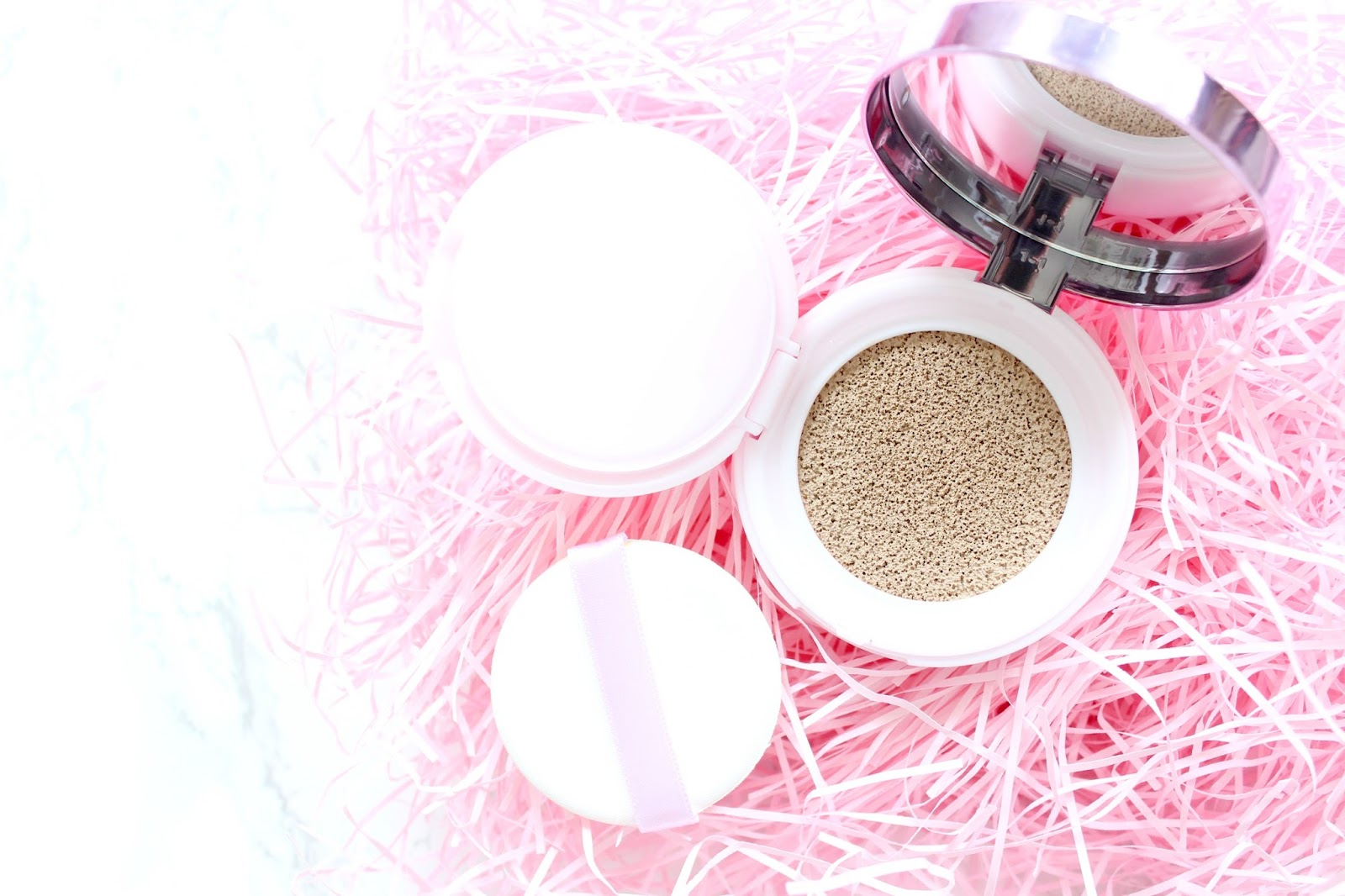 A picture of the new L'Oreal Nude Magique Cushion Foundation