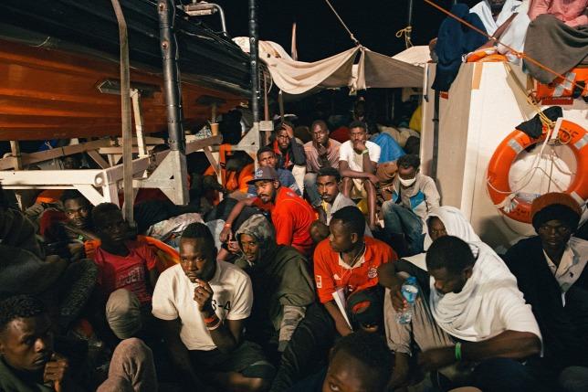 Csehország drónokat ajánl fel Olaszországnak és Máltának a migráció elleni küzdelemhez