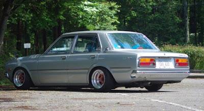Toyota Corona 78 Slammed