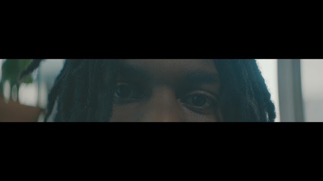 "Daniel Caesar reveals new video for ""Freudian"""
