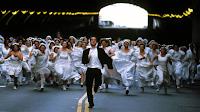 Resultado de imagem para homem correndo noivas