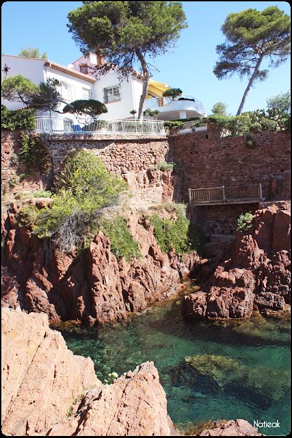 Saint Raphaël et ses villas du bord de mer