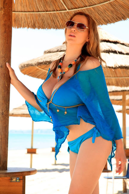 Jordan-Carver-Blue-Beach-HD-Photoshoot-hot-sexy-picture-21