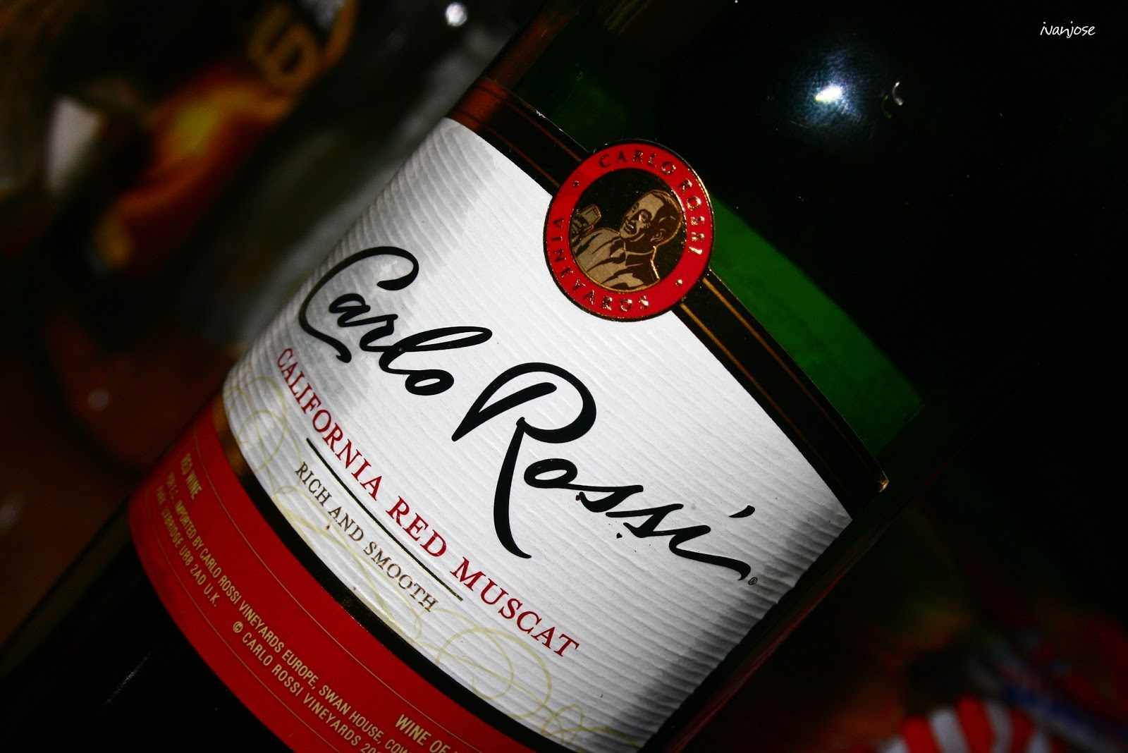 A bottle of wine to celebrate the new year 2012