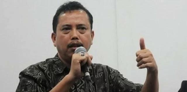 Neta S Pane: Kenapa Polisi Beraninya Hanya Pada Ratna, Usut Dong Indonesialeaks!