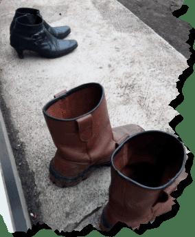 Kisah Dua Sepatu