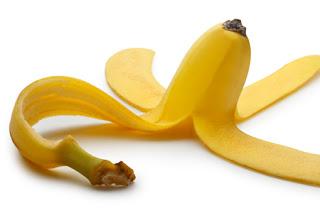 فوائد الموز,فوائد قشر الموز.10 فوائد قشر الموز.قشر الموز.فائدة الموز