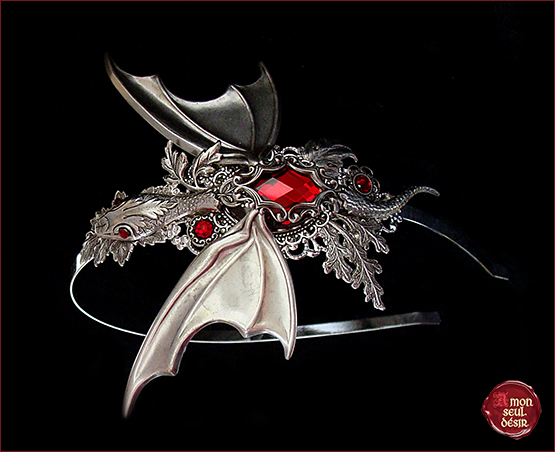 serre tete dragon headband baby dragon headddress wings silver red ruby garnet medieval fantasy hair jewelry