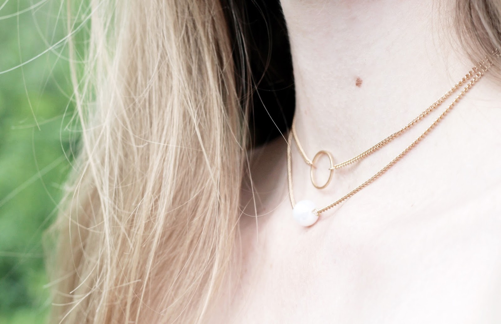 Dainty Gold Pearl Layered Necklaces