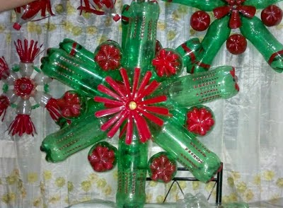 How to recycle cool recycled christmas lanterns for Plastic bottle decoration ideas