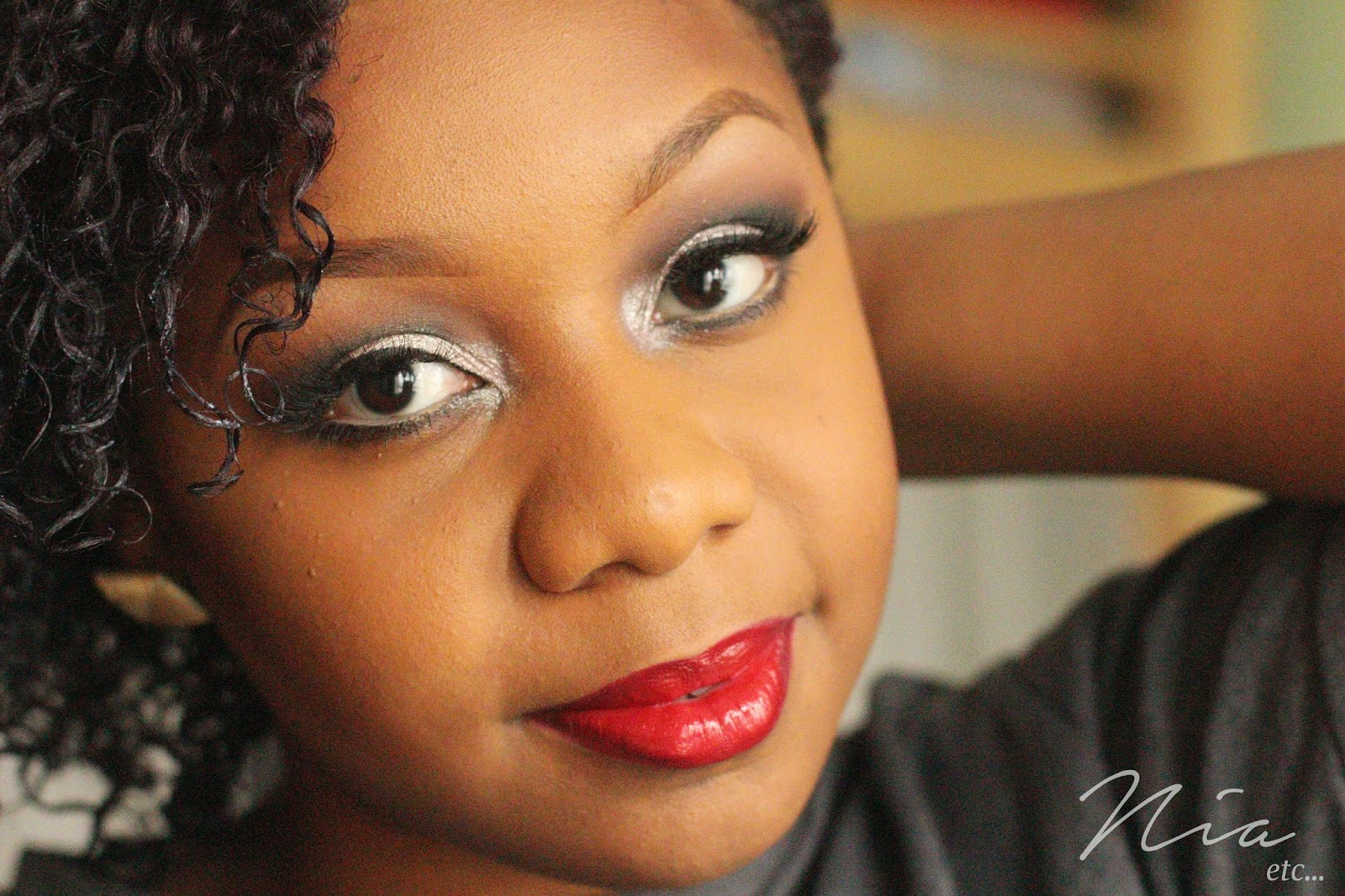 Classic Glamour Look with Bold Cut Crease and Red Lipstick 1