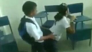 Video Mesum Goyang Kimcil Siswa ABG SMP Dalam Kelas