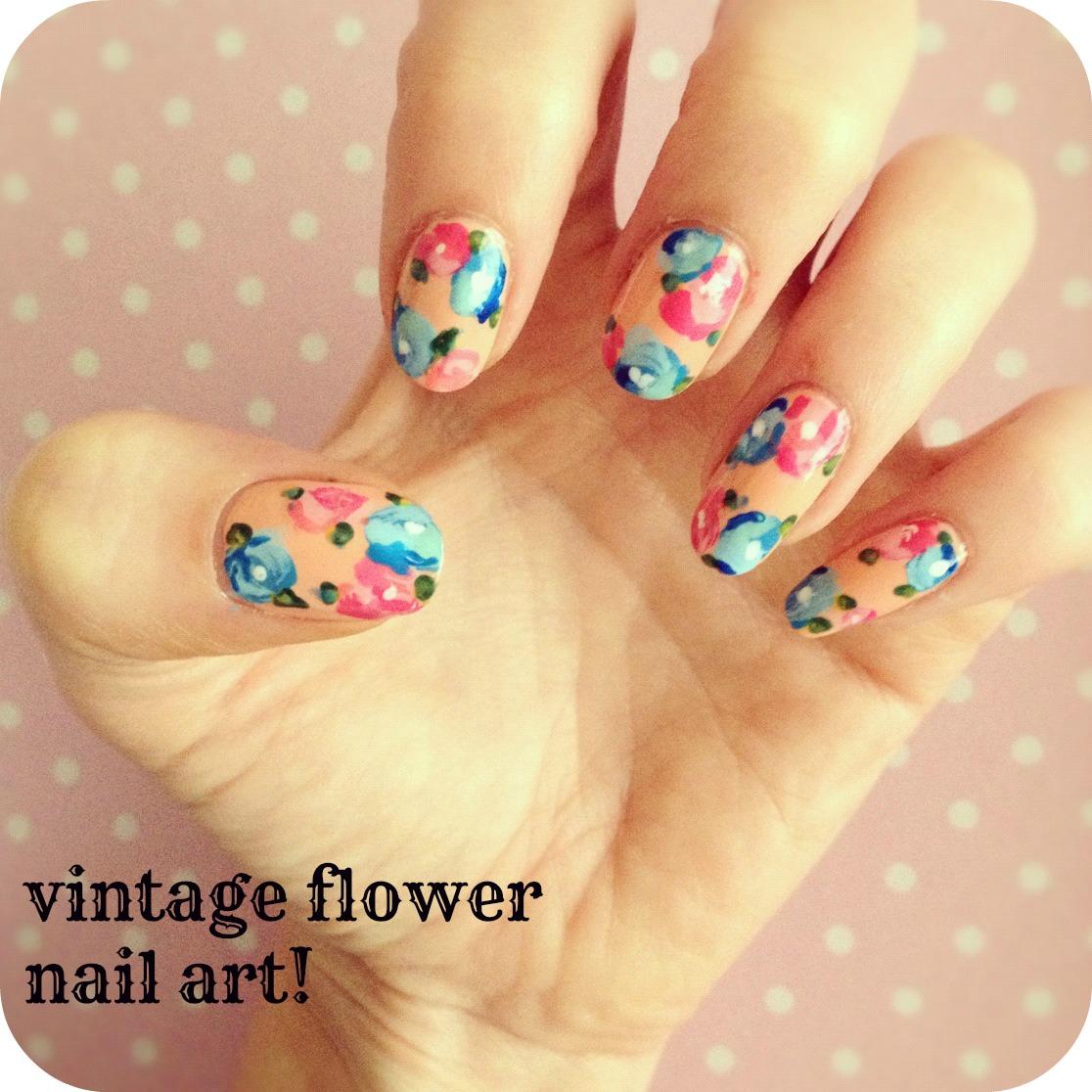 Flower Nails: Vintage Flower Nail Art:
