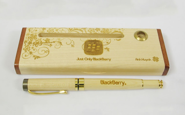 Bán sĩ hộp bút gỗ khắc tên giá rẻ