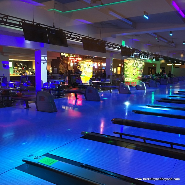 bowling center at Black Oak Casino