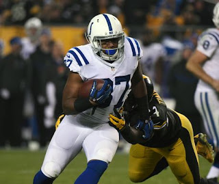 Colts former NFL player running back Zurlon Tipton is dead