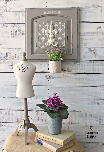 French Fleur De Lis Repurposed Cabinet Door Project #stencil #anniesloan #frenchlinen